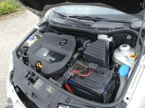Motor Skoda Fabia Octavia 1.9Tdi 130cv ASZ BLT Caixa de Velocidades Arranque + Alternador