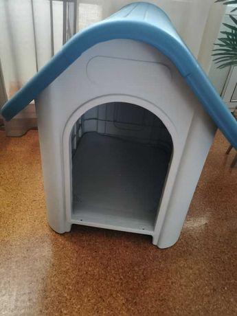 Casota em plástico  (PVC), para cãozinho de pequeno ou médio porte