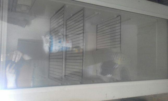 Продам недорого холодильник