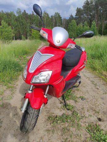 Sprzedam skuter marki Motobi 50cm,stan jak nowy
