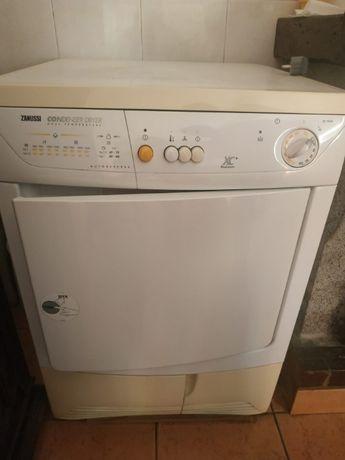 Máquina de secar roupa condensada Zanussi