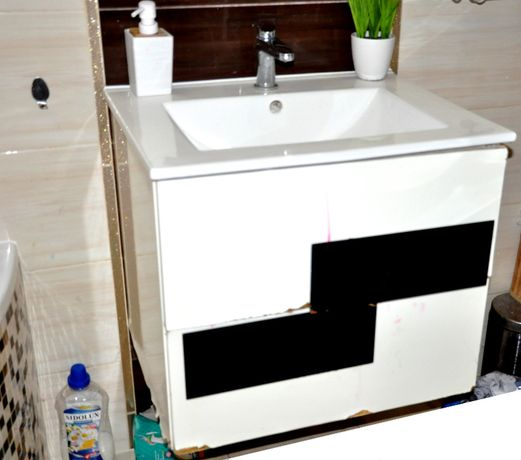 Zestaw Umywalka ceramiczna Bateria TRES Szafka wisząca 60cm d Łazienka