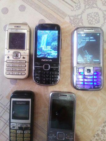 5 телефонов, состояние разное, 3 рабочие