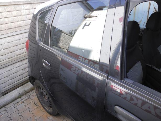 Drzwi tył prawe Mitsubishi Colt