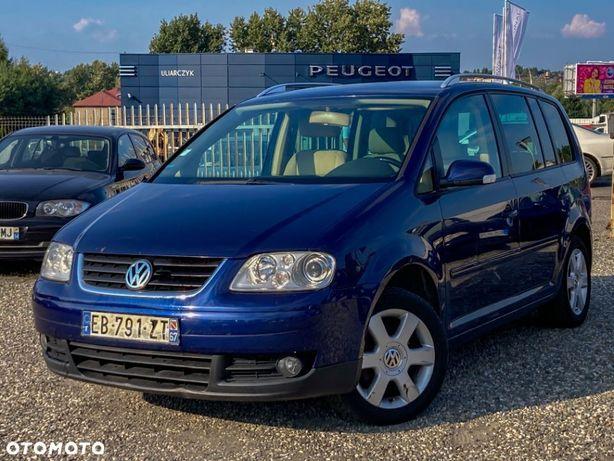 Volkswagen Touran 7 osobowy do poprawek blacharsko lakierniczych i wnętrze do prania