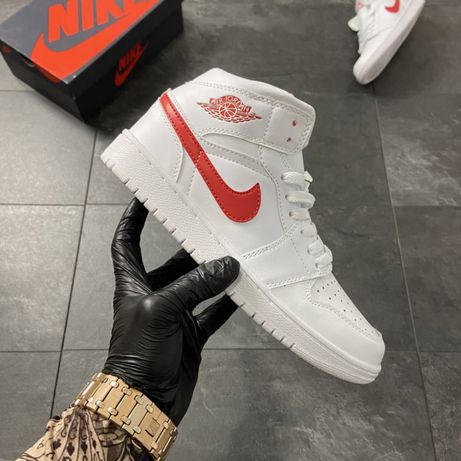 Кроссовки Nike Air Jordan 1 White Red / Найк Аир Джордан 1 Белые