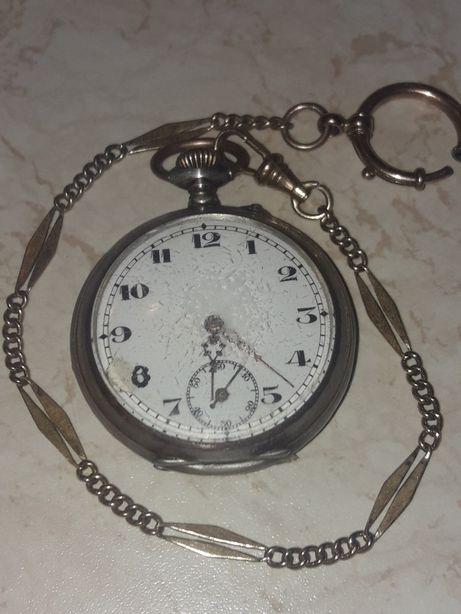 Zegarek remontoir srebny prba 800 . 6 rubis