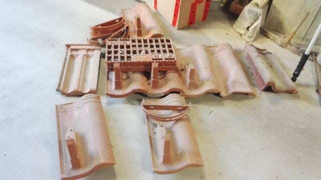 Dachówki pod stopień aluminiowe łuki wentylacyjna ACHAT Rupp Braas