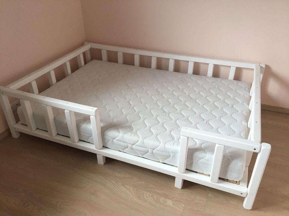 Nowe drewniane lóżko z materacem Przemyśl - image 1