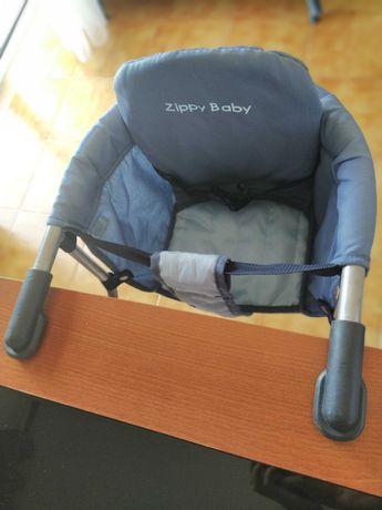 Cadeira suspensa de mesa Zippy baby, para alimentação do bebê.