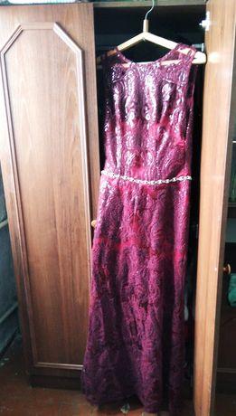 Платье выпуское вечернее