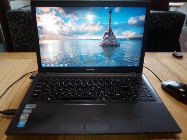 игровой ноутбук DNS w650sf ( i3-4000M  2,40 GHz, 4gb DDR3L,  GF 840M)