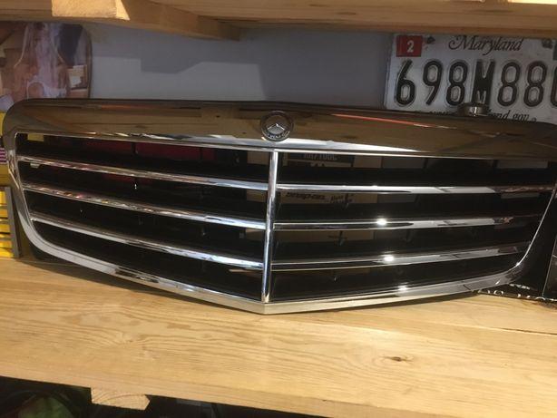 Grill Mercedes w212