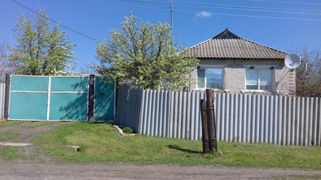 Продам дом в c. Новый Бурлук