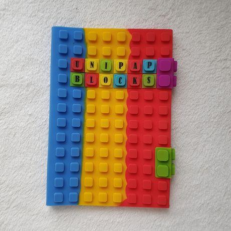 Okładka na zeszyt silikonowa z literkami lego jak klocki