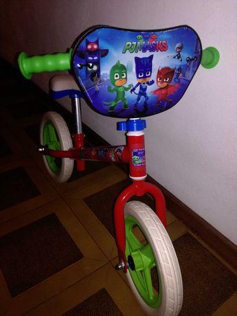 Bicicleta de criança sem pedais