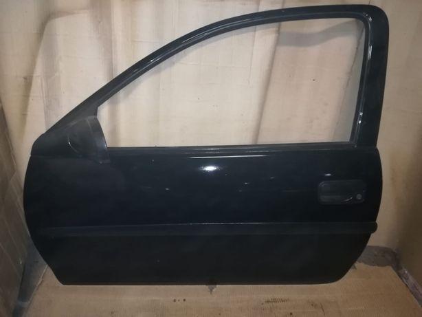 Porta frente esquerda opel corsa b 3 portas/5 portas preta