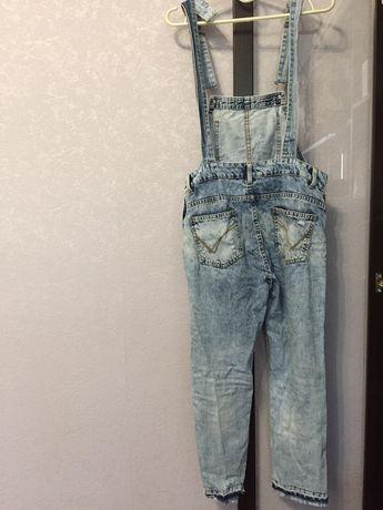 Продам джинсы на подтяжках )