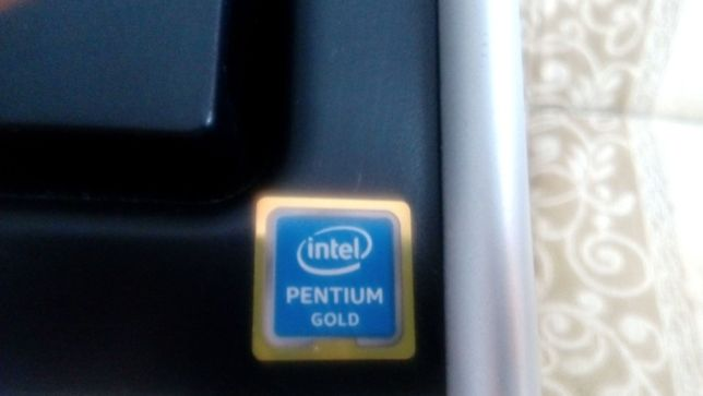 Komputer stacjonarny TERRA Intel Pentium G 5400 GOLD