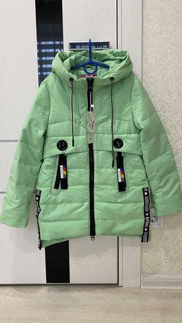Детская куртка демисезонная НОВАЯ на  рост128-146