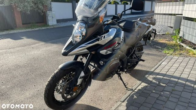 Suzuki DL motocykl salon Polska podgrzewane manetki abs