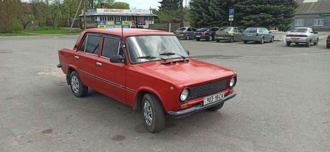 Машина Ваз 21011