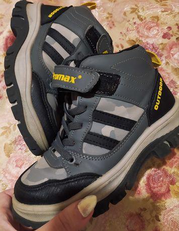 Ботинки кросовки мальчику демисезон
