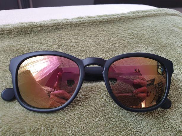 Okulary słoneczne Converse czarne