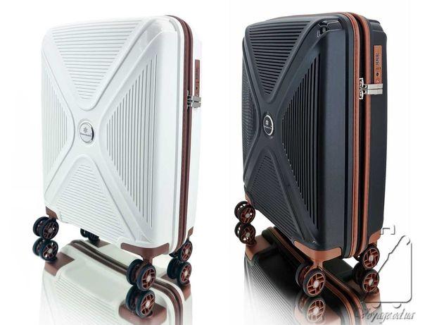 Дорожный чемодан полипропилен Snowball 84803 ручная кладь на 4 колесах