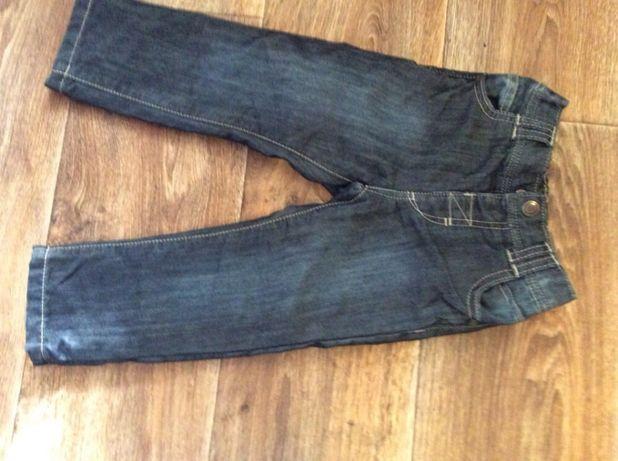 Фирменные плотные джинсы на малыша 18-24 мес