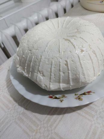 Biały  tradycyjny ser