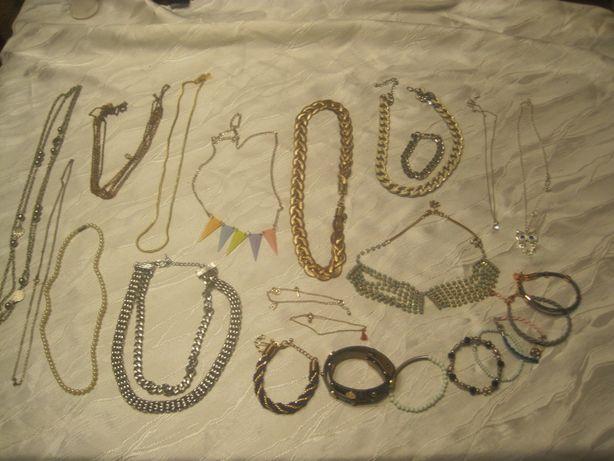 sztuczna biżuteria 535 gram naszyjniki bransoletki