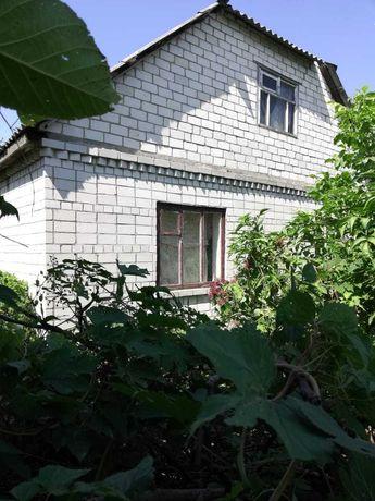 Продам будинок в м. Чигирин з меблями
