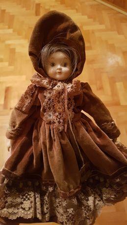 Porcelanowa lalka z prawdziwymi włosami WUPPER