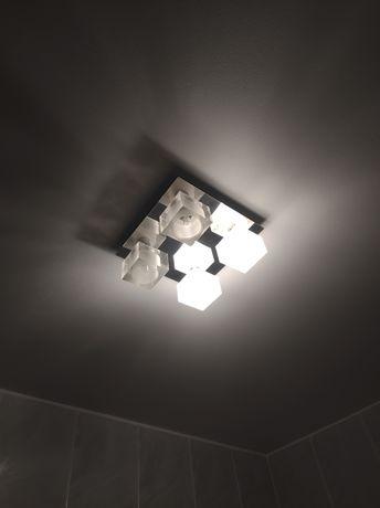 Komplet oświetlenia łazienkowego, sufit+ lampy nad lusterko