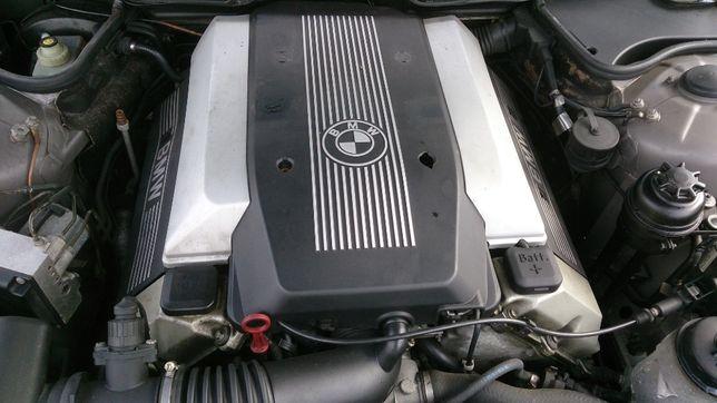 BMW E38 E39 735i 535i M62B35 silnik osprzęt cześci