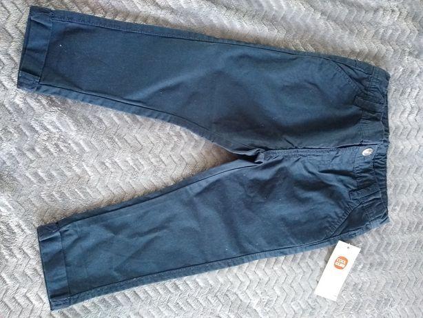 NOWE Spodnie chłopięce chinosy ze Smyka Cool Club 92
