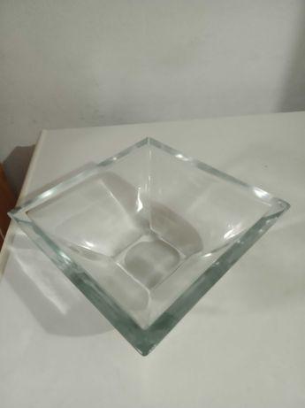 Peça de vidro