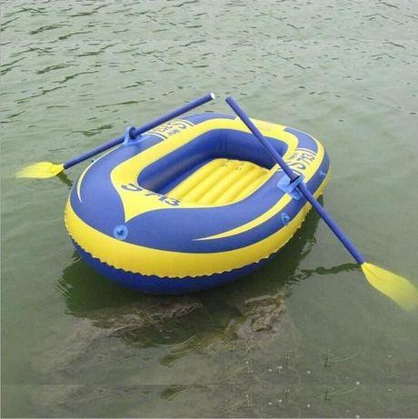 Лодка надувная двухместная с вёслами и насосом