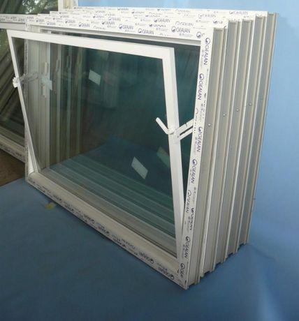 Okno inwentarskie 118x80 białe_uchylne okna do chlewni garaży kurników