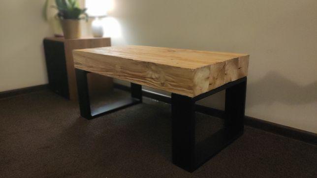 Stolik kawowy ze starych drewnianych belek, loft, rustykalny.