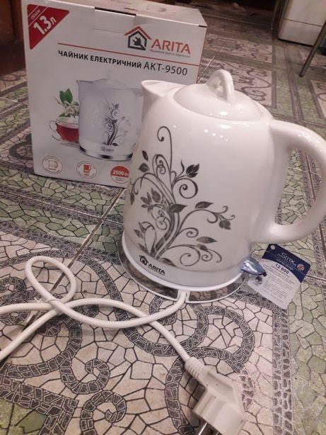 50%стоимости! Чайник керамический, электрический,1.3л.