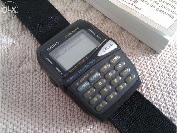 Relógio com Calculadora da Casio DBM-150 - Vintage