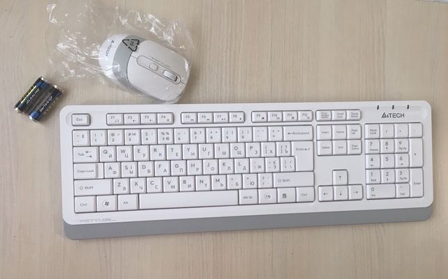 Комплект (клавиатура +мышь) беспроводна