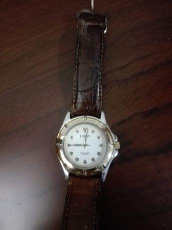 Relógio LORUS pulseira em PELE ORIGINAL