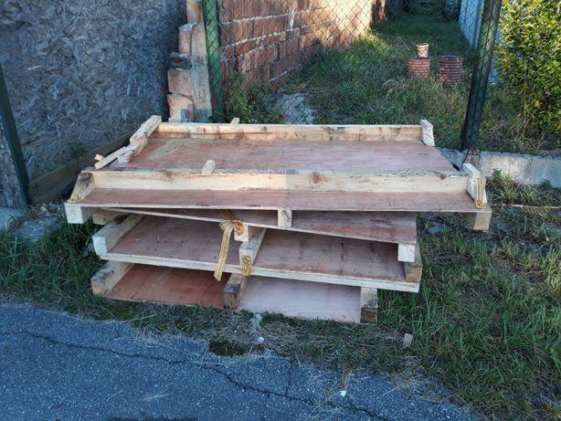 Palety drewniane - duże, nietypowe