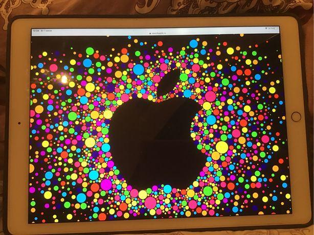 Apple ipad  Pro 12,9,Gold ,32 G, 1 Gen(коробка, доки ,,чехол) идеал