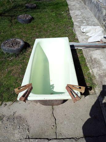 Продам чугунну ванну