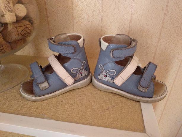 Ортопедическая обувь. Босоножки