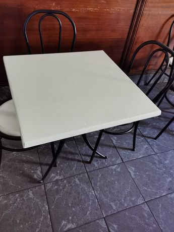 Mesas e cadeiras para café/restaurante
